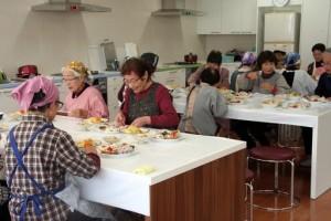平成26年12月5日(金) 高齢者向け「料理教室」-1
