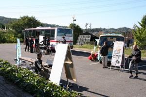 バス ゴミ収集車