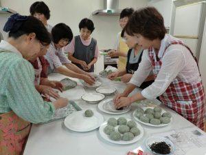 ヨモギ餅1